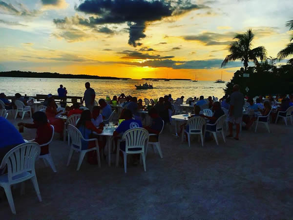 Beach Dining At The Lorelei